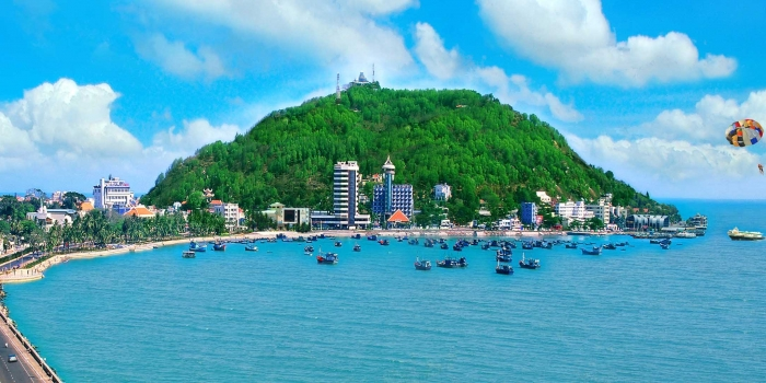 Private car rental transfer from Saigon to Vung tau city