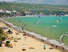 Car rental Nha Trang City to Mui Ne