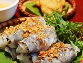 saigon food tours banh cuon