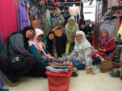Saigon Shopping Muslim Tour