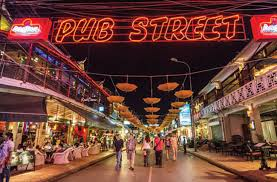 pham ngu lao pub street