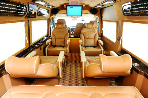 Luxury Limousine Van Rental Services