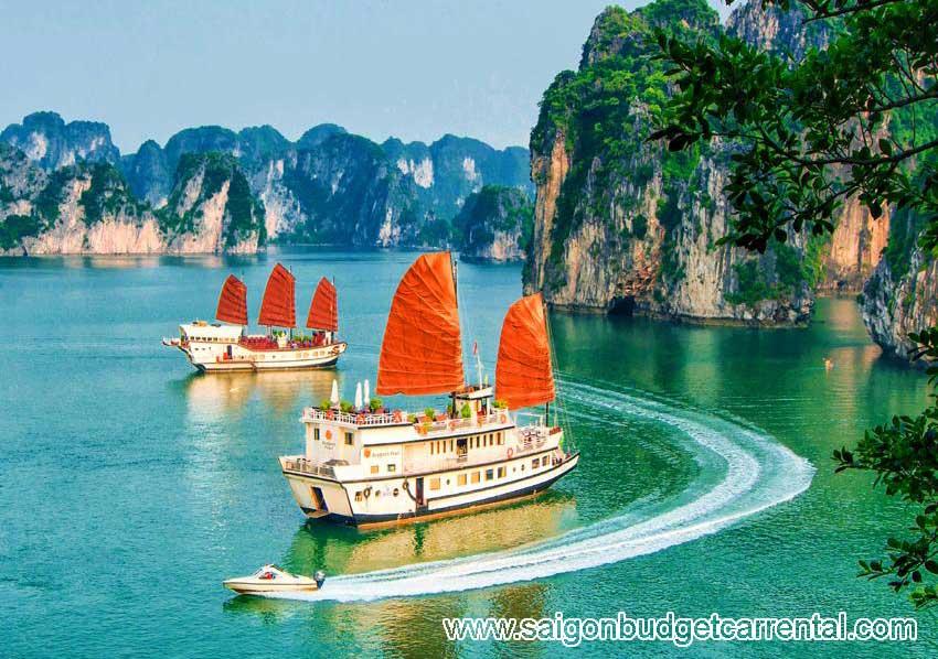 Car rental transfer Hanoi to Ha Long bay