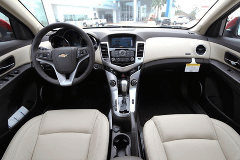 Chevrolet cruze rental cars Saigon