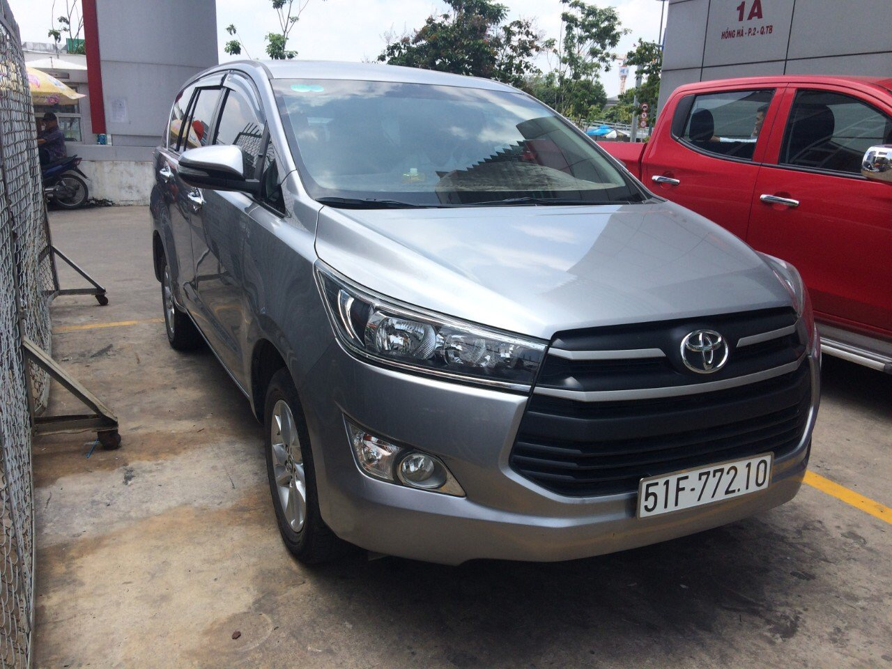 MONTHLY CAR RENTAL WITH DRIVER IN HO CHI MINH CITY