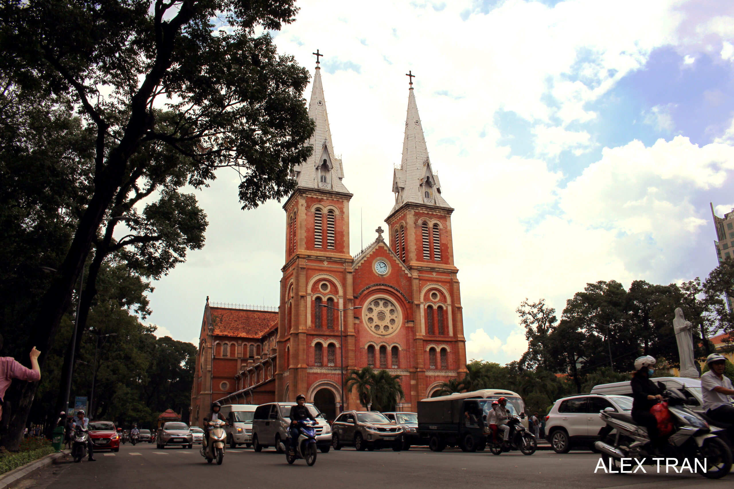 Car hire Ho Chi Minh city Vietnam