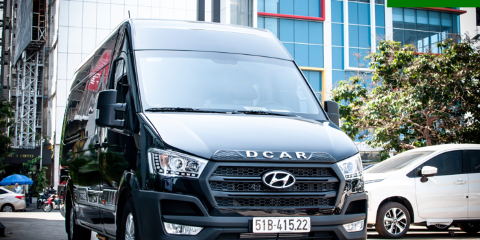 SOLATI LIMOUSINE DCAR 9 seats VIP car rental in HCM City