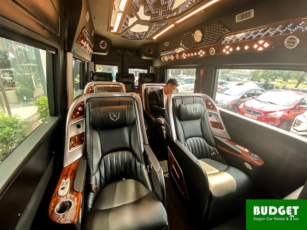 Hyundai Solati - Luxury car rental