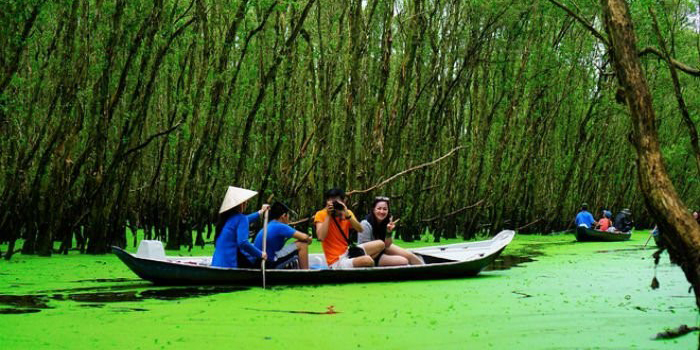 Tra su Sanctuary bird 1 Day Tour Motorbike sampan