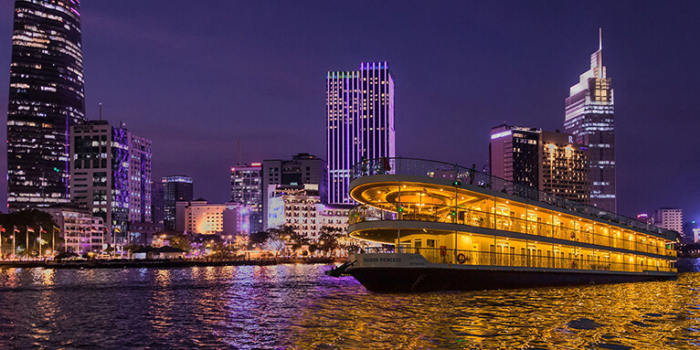 Dinner cruise saigon river